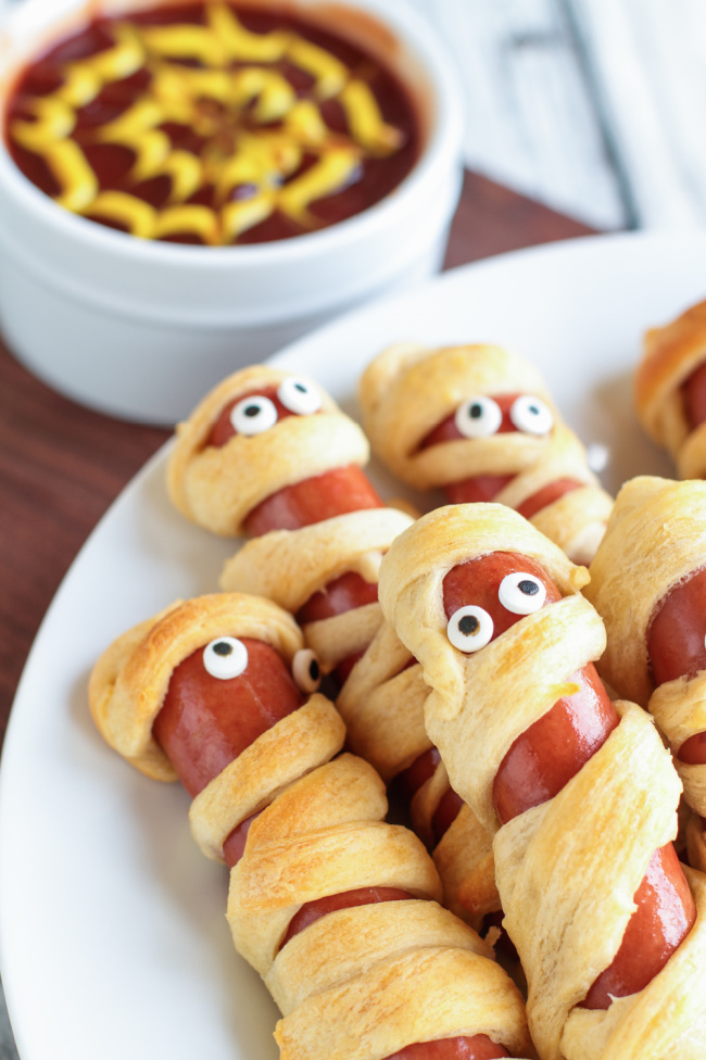 mummy hotdogs